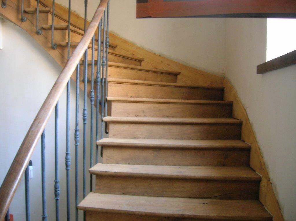 aerogommage sur escalier bois