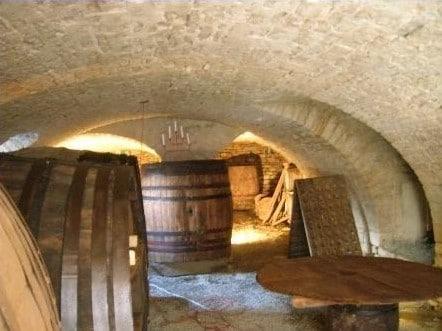 cave à vin sablée
