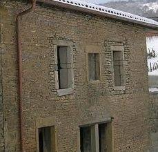 sablage facade pierre à solutré