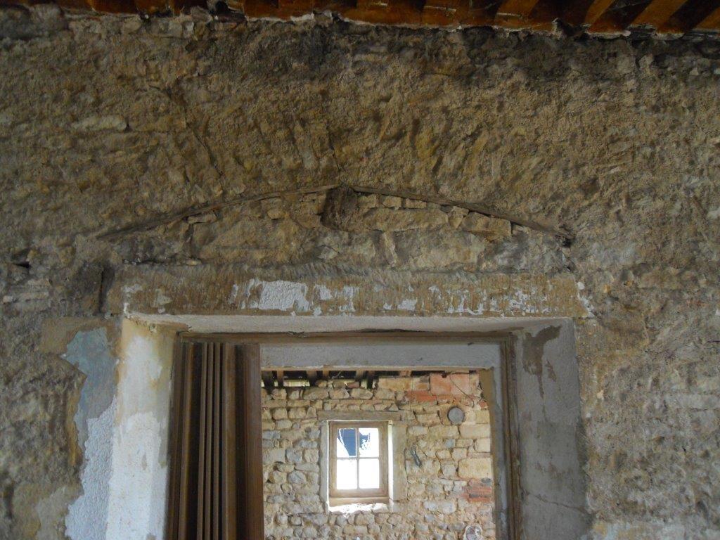 mur en pierre Vergeles avant sablage